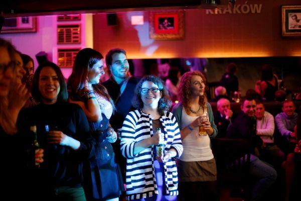 Impreza firmowa – czy warto skorzystać ze wsparcia profesjonalistów?